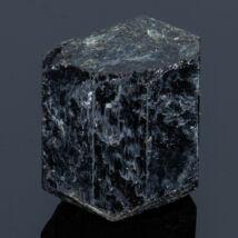 fekete turmalin