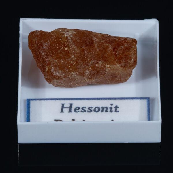 hessonit